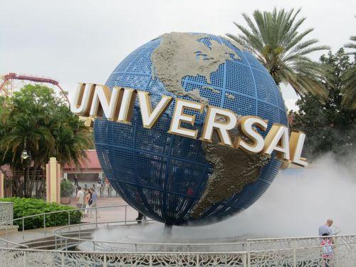 Universal 002